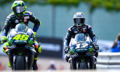 Beda Pendapat Rossi-Vinales Soal Swingarm Karbon Yamaha