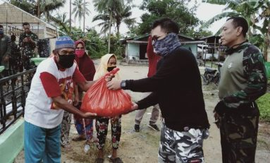 Komunitas SMI Bintan Island Bareng Offroader dan Trabasser Bagikan Sembako