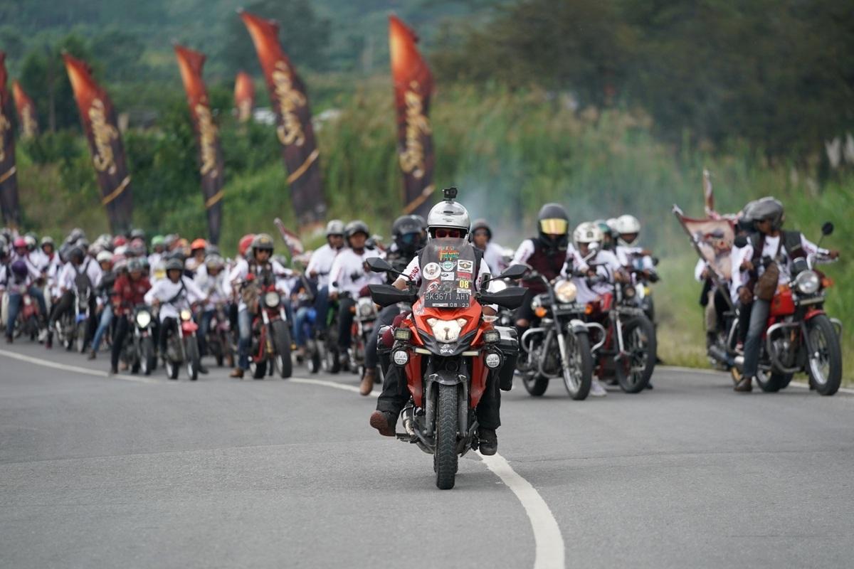 Suryanation Ridescape Ajak Bikers Kongkow Bareng di Negeri Atas Awan