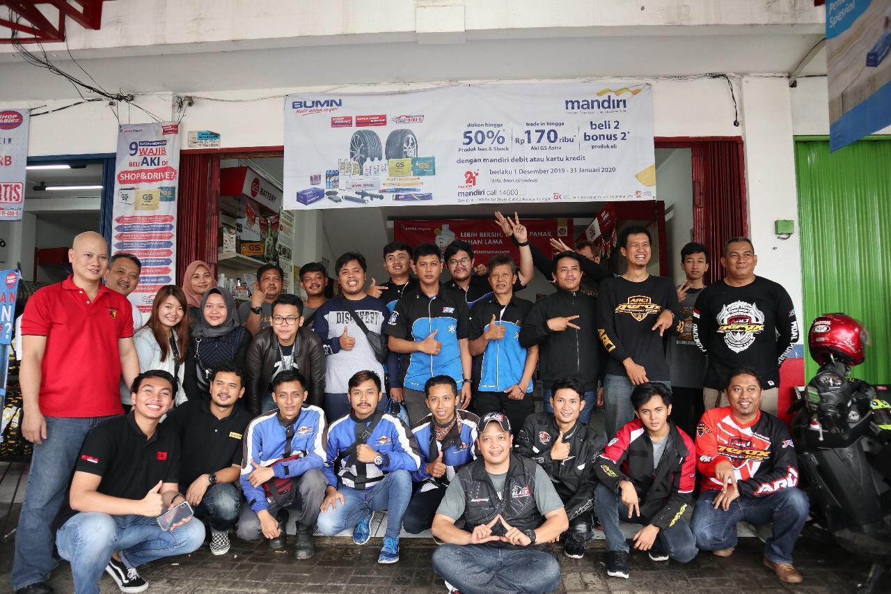 Dekatkan Diri dengan Komunitas, Shop&Bike dan Pirelli Indonesia Gelar Sunmori