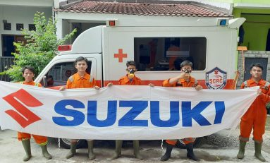Cegah Covid-19, Suzuki Club Reaksi Cepat (SCRC) Beri Donasi dan Semprot Disinfektan ke Rumah Warga