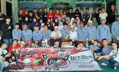 Rayakan HUT Pertama, Komunitas Helmet Lovers Indonesia Official (HLIO) Berbagi Kebahagiaan Bersama Santri