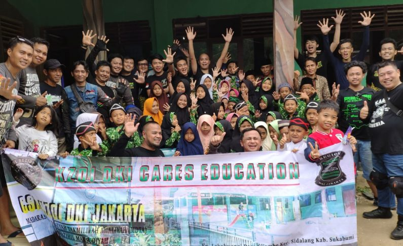 Komunitas Kawasaki Z Owners Indonesia (KZOI) Gelar Touring dan Baksos di HUT ke-5