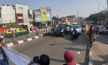 SSFC Ciledug Kampanyekan Larangan Merokok Saat Berkendara