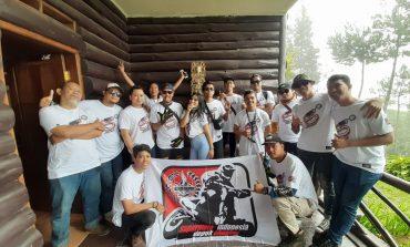 Anniversary ke-5, Bikers Supermoto Indonesia (SMI) Depok Chapter Geruduk Puncak
