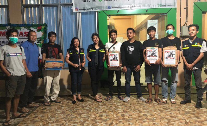 Komunitas Supermoto Indonesia (SMI) Sintang Donasi Untuk Relawan Medis
