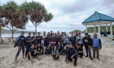 SUGOI Madiun Gelar Touring Akhir Tahun ke Pantai Permata Putih