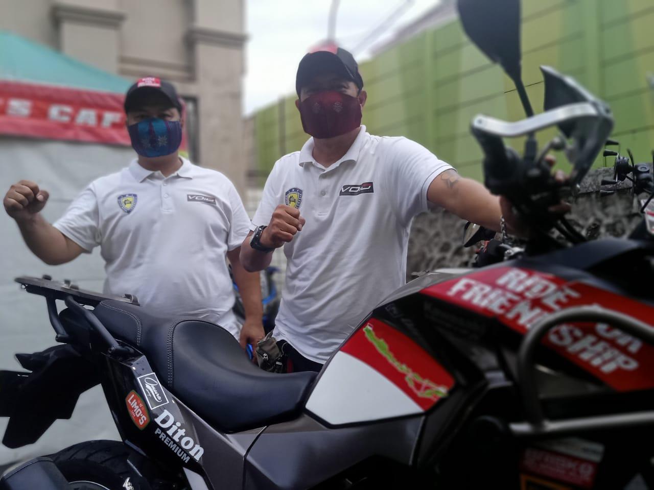 Touring ke Timor Leste, Andra dan Donay Sambil Berbagi Masker