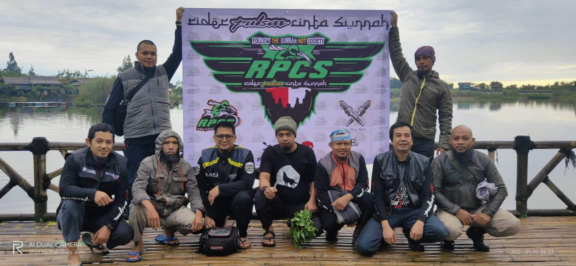 Riders Pulsar Cinta Sunnah (RPCS) Sisipkan Agenda Sowan ke Ponpes