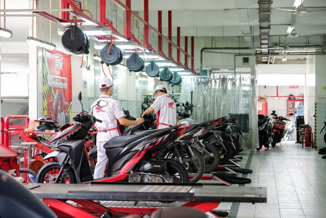 MPM Honda Hadirkan Program Service Family, Servis 2 Motor Bayar 1. Lebih Hemat!