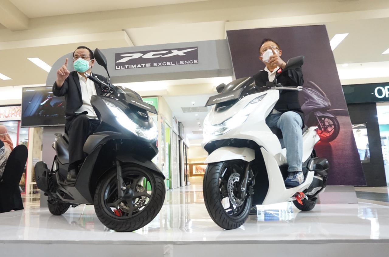 Bikers Jawa Timur dan NTT Sambut Kemewahan All New Honda PCX 160
