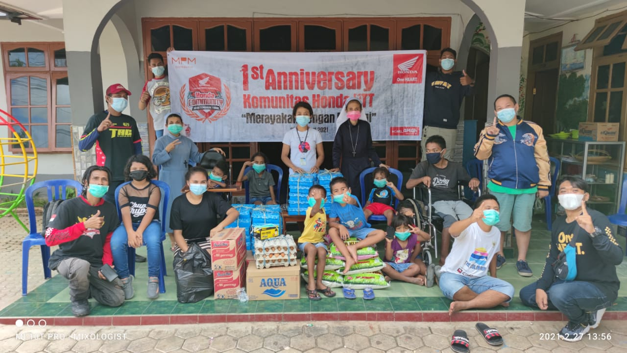 Komunitas Honda NTT Rayakan HUT ke-1 dengan Bakti Sosial ke Panti Asuhan