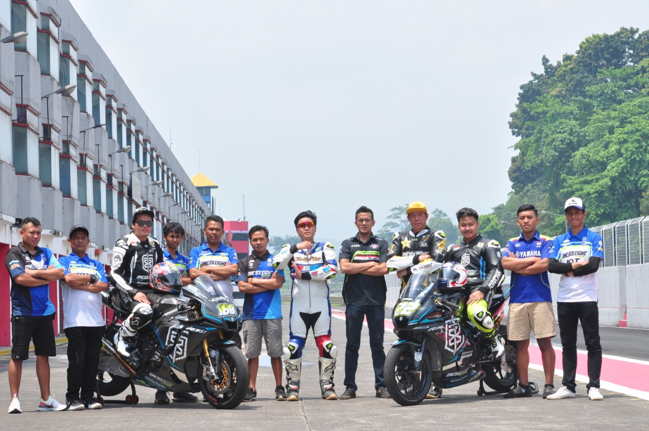 Gandeng Rey Ratukore, OneSixeight Racing Team Bikin Kejutan di Tahun 2021
