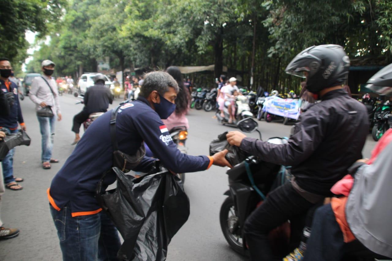 YACI Kuningan dan YACI Cirebon Berbagi Bersama, Mencari Berkah Ramadhan