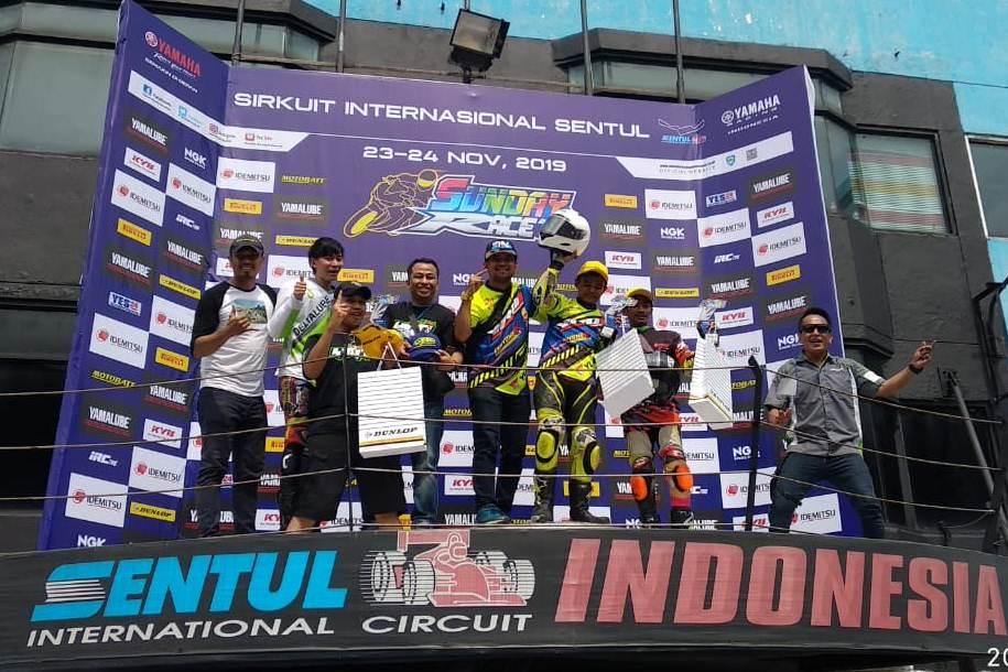 YROI Batik Team Raih Juara Umum Kelas 150cc Com B Yamaha Sunday Race 2019