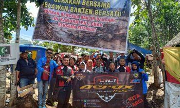Bikers ARCI Serang Salurkan Bantuan Untuk Korban Banjir Bandang