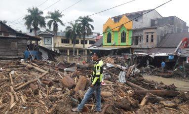 Baderhood Indonesia Peduli Korban Banjir Masamba, Tekad Terobos Medan Sulit