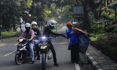 Bikers Bersatu Lawan Corona, Berbagi Masker Gratis di 3 Kota