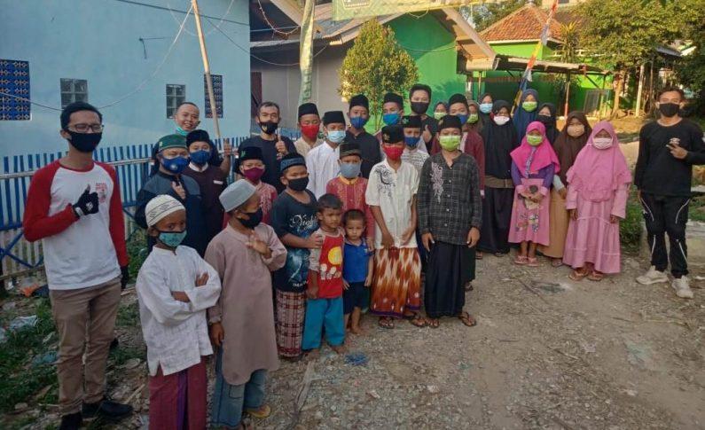 Honda PCX Club Indonesia (HPCI) Karawang Berbagi Kasih dengan Anak Yatim & Piatu