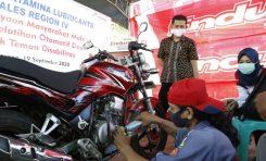 Pertamina Lubricants Berikan Pelatihan ke Bengkel Komunitas Motor Penyandang Cacat (COMPAC)