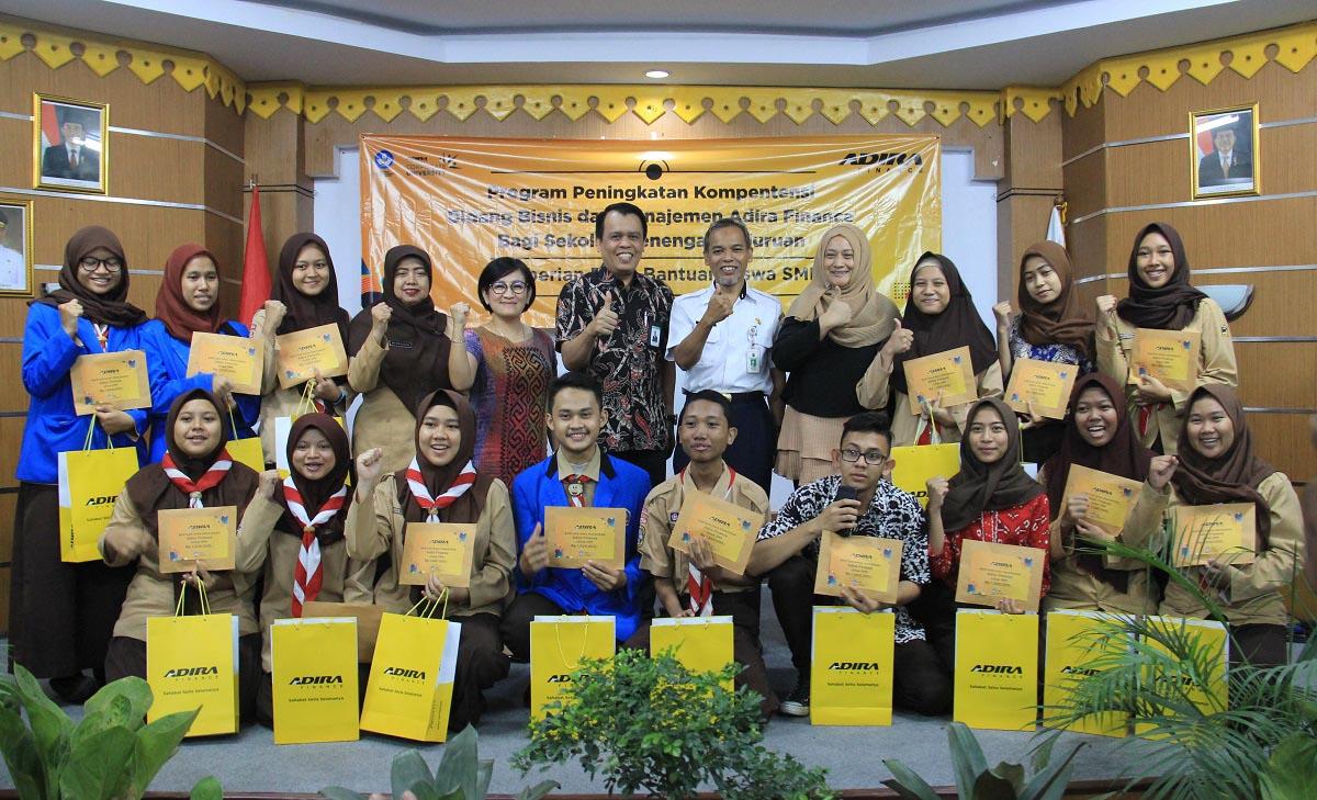 Adira Finance Targetkan Lulusan Pelajar SMK Berprestasi