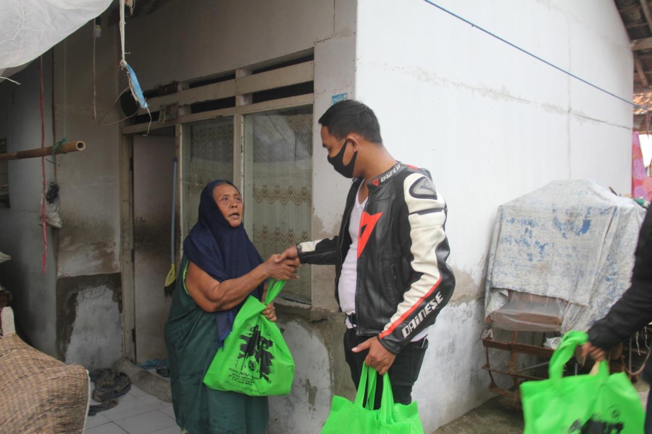 Bikers Honda ADV Indonesia (HAI) Karawang Mencari Berkah Ramadhan