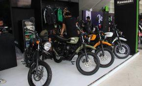 Kawasaki Santai Hadapi Persaingan dengan Yamaha XSR155