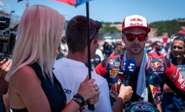 Tinggalkan Honda, Leon Camier Gabung Tim Satelit Ducati Barni Racing di WSBK 2020