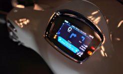 3 Keunggulan Vespa GTS Super Tech 300 dengan Teknologi Layar TFT