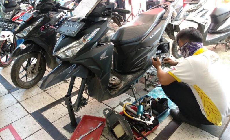 Paket Murah Servis Motor di Planet Ban, Gak Bikin Dompet Tipis