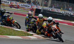 Suspensi Scarlet Racing  Unjuk Gigi di Balap Indoclub