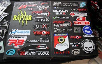 Emboss Sticker, Pabrikan Stiker Rekomendasi untuk Bikers