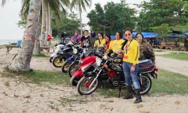 Lady Bikers Indonesia (LBI) Touring Wisata ke Pantai Karang Tumpeng
