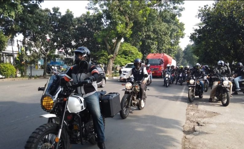 Touring Perdana 2020 Para Bikers Komunitas Motor Kawasaki W175