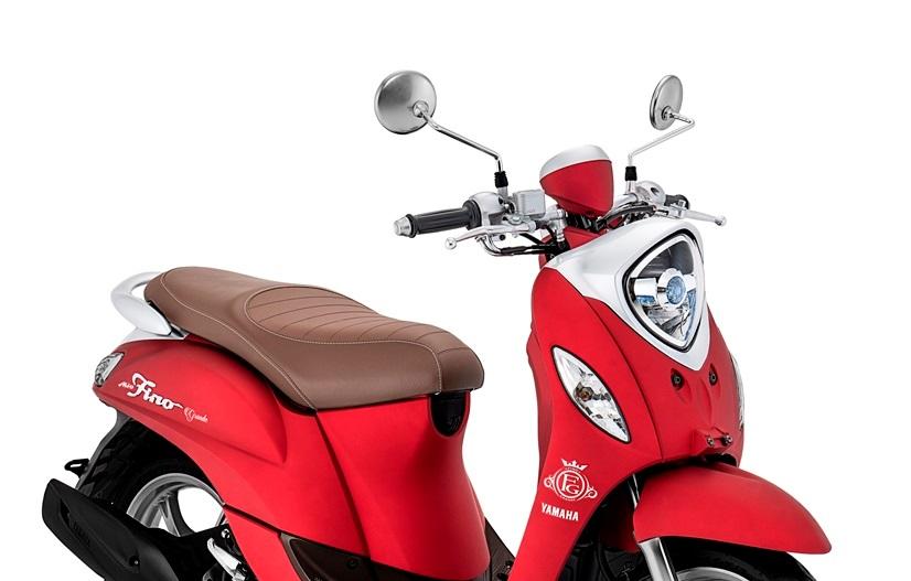 Skutik Retro Yamaha Fino Tampilkan Warna Baru